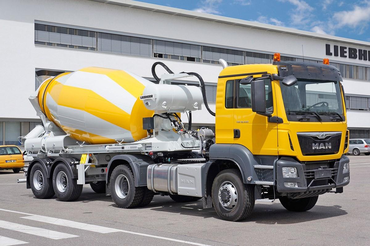 liebherr-truck-mixer-HTM-904-trailer
